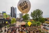 Het uitzicht op het terras van bij het Schieblock in Rotterdam Centrum