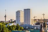Het Erasmus MC en de Euromast in Rotterdam