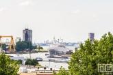 Het uitzicht op de ss Rotterdam in Rotterdam Katendrecht