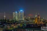 De Euromast en het Erasmus MC in Rotterdam by Night