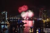 De vuurwerkshow tijdens de Wereldhavendagen in Rotterdam by Day