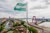 Te Koop | Het uitzicht op het Haringvliet vanuit de Oude Haven in Rotterdam