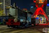 De Locomotor 347 van het Maritiem Museum in Rotterdam by Night