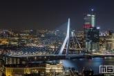Te Koop | De skyline van Rotterdam by Night met de Erasmusbrug