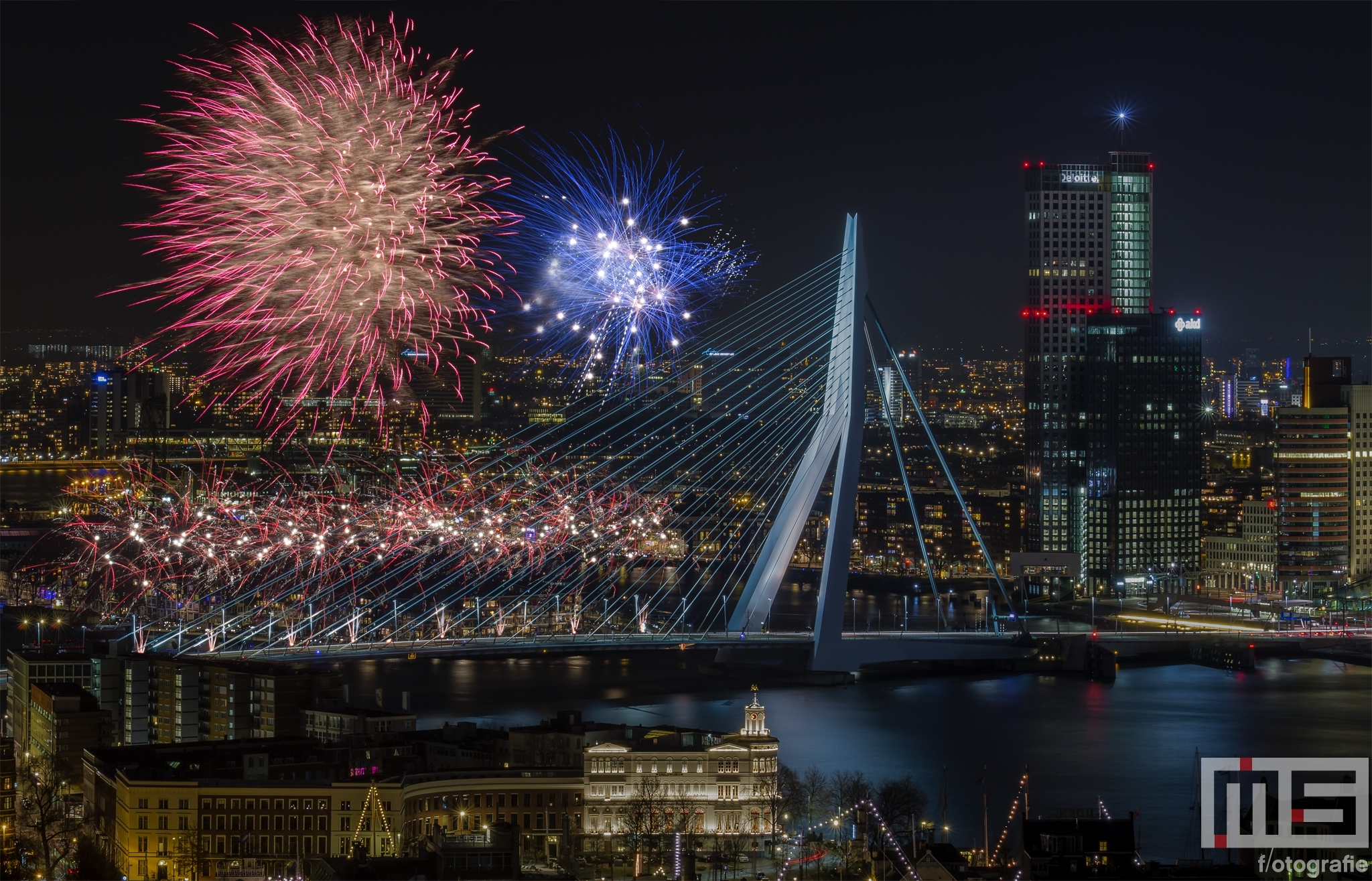 het-nationale-vuurwerk-rotterdam-by-night-7437-1
