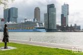 karel-de-grote-cruise-terminal-rotterdam-ovation-of-the-seas-7953-11