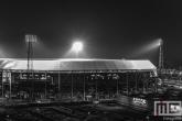 Te Koop | Het Feyenoord Stadion De Kuip in Rotterdam by Night tijdens een speelavond in zwart/wit