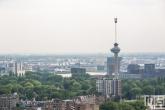 De Euromast en de Waalhaven in Rotterdam
