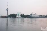 Te Koop | Het marineschip Zr.Ms. Rotterdam L800 tijdens de Wereldhavendagen in Rotterdam