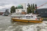 Het Loodswezen schip Libra tijdens de Wereldhavendagen in Rotterdam