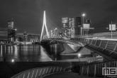 Te Koop | Het unieke uitzicht op de Erasmusbrug, Maastoren en De Rotterdam in Rotterdam by Night