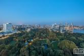 Te Koop | Het Park in Rotterdam by Night tijdens blue hour