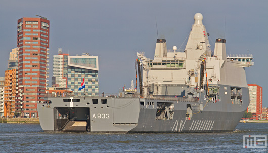 Zr. Ms. Karel Doorman A833 op de Wereldhavendagen in Rotterdam | Cover Small