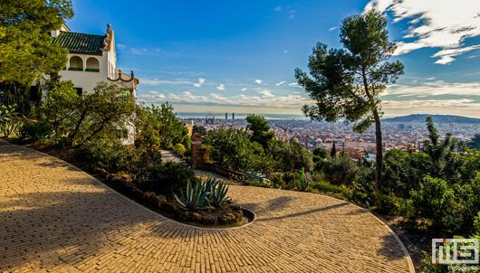 Casa Marti Trias in Parc Guell in Barcelona | Cover Small