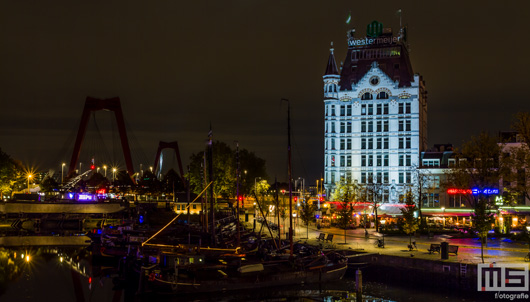 Het Witte Huis in de Oudehaven in Rotterdam by Night | Cover Small