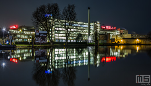 De Van Nelle Fabriek in Rotterdam by Night | Cover Small