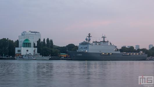 De Koninklijke Marine L800 M863 in Rotterdam | Cover Small