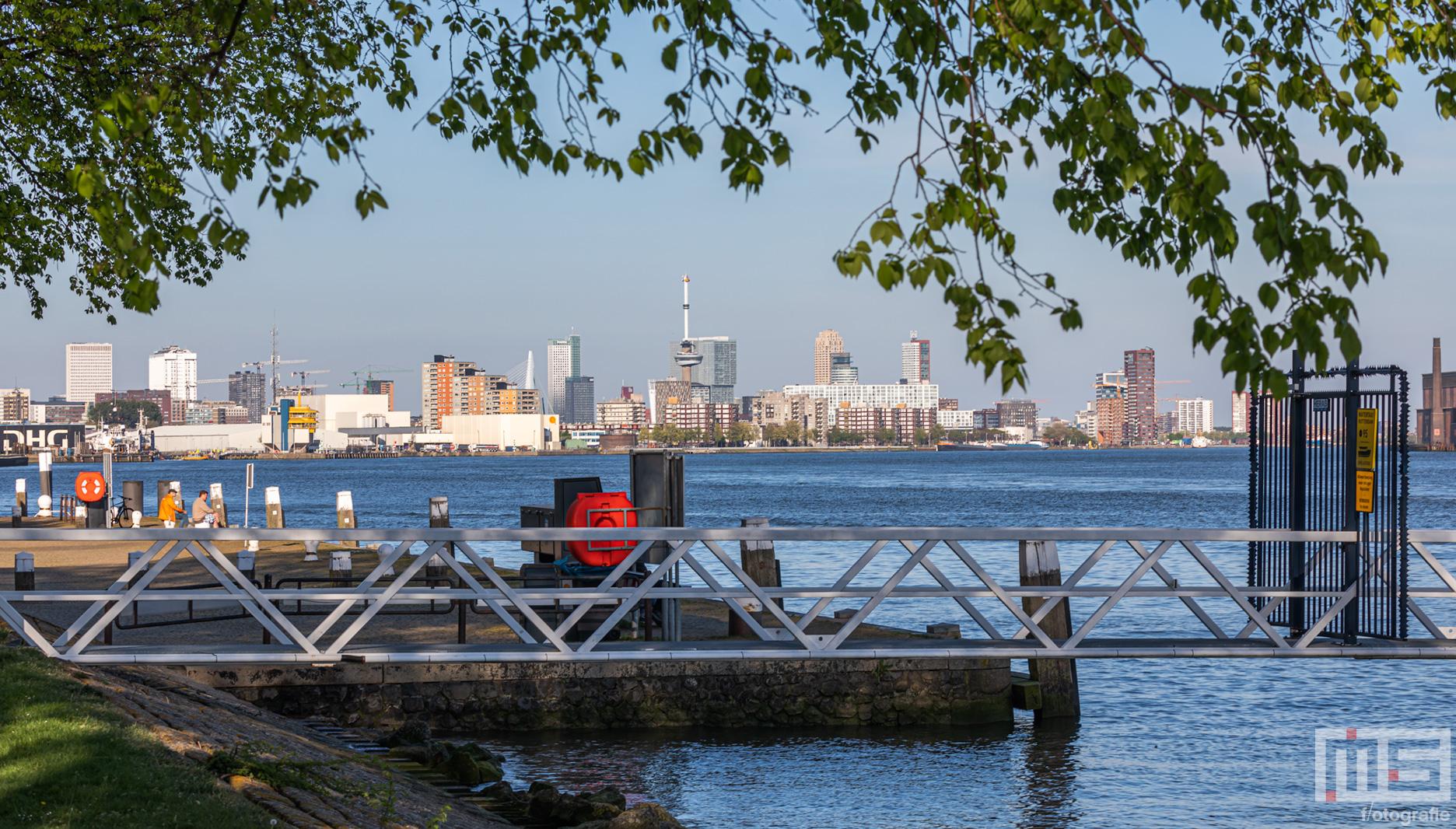 De Haven van Rotterdam vanuit unieke plekken | Cover